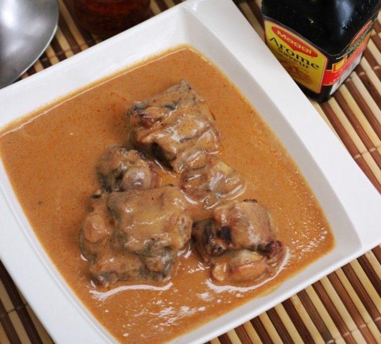 Sauce d'arachide grillée à la viande de bœuf