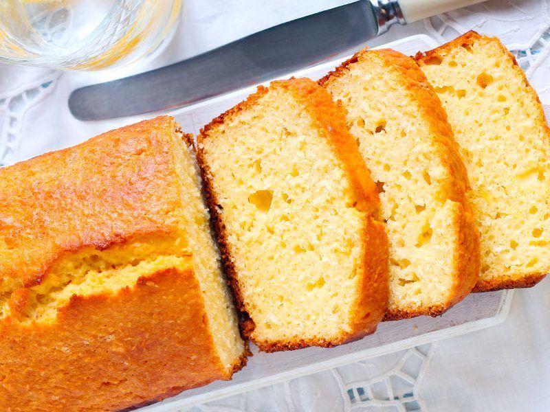 Cake à la noix de coco et rhum